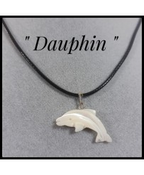 Collier nacre dauphin